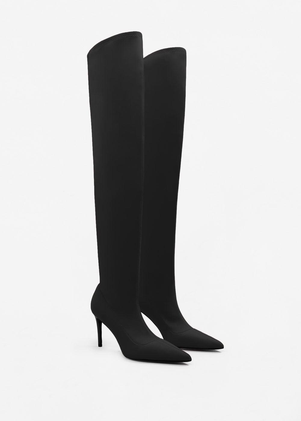 Botas altas de tacón de aguja negras