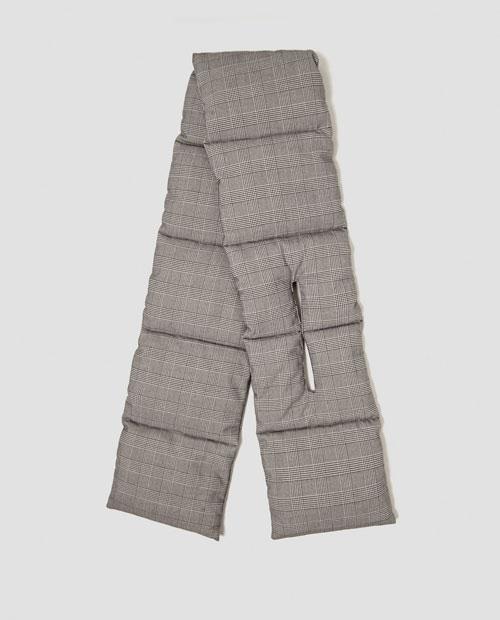 Zara Trafaluc bufanda acolchada