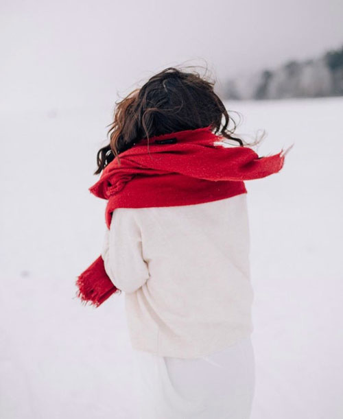 Outfits rojos y bufanda roja