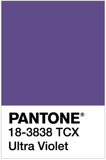 Ultra violet color de moda
