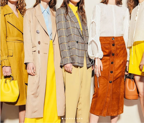 Color de moda amarillo