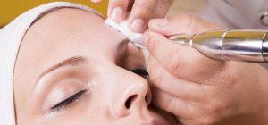 operación con resultados de maquillaje