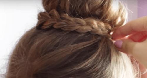 Trenza alrededor pelo dona