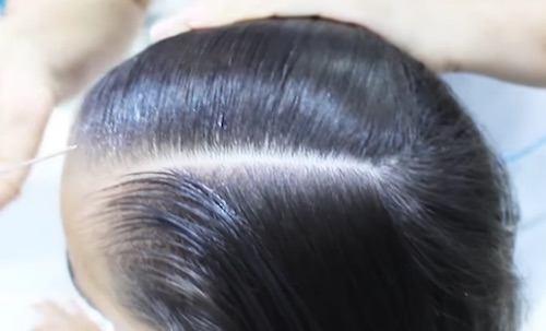 Humedecemos el cabello