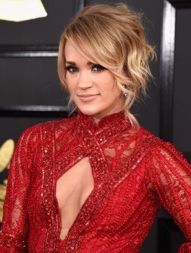 Peinado Carrie Underwood