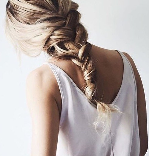 Peinados con trenzas cosidas