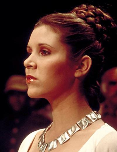 Peinado princesa Leia