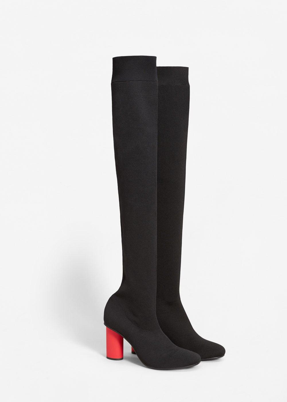 Botas altas negras con rojo