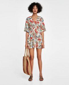 Vestidos con flores Zara