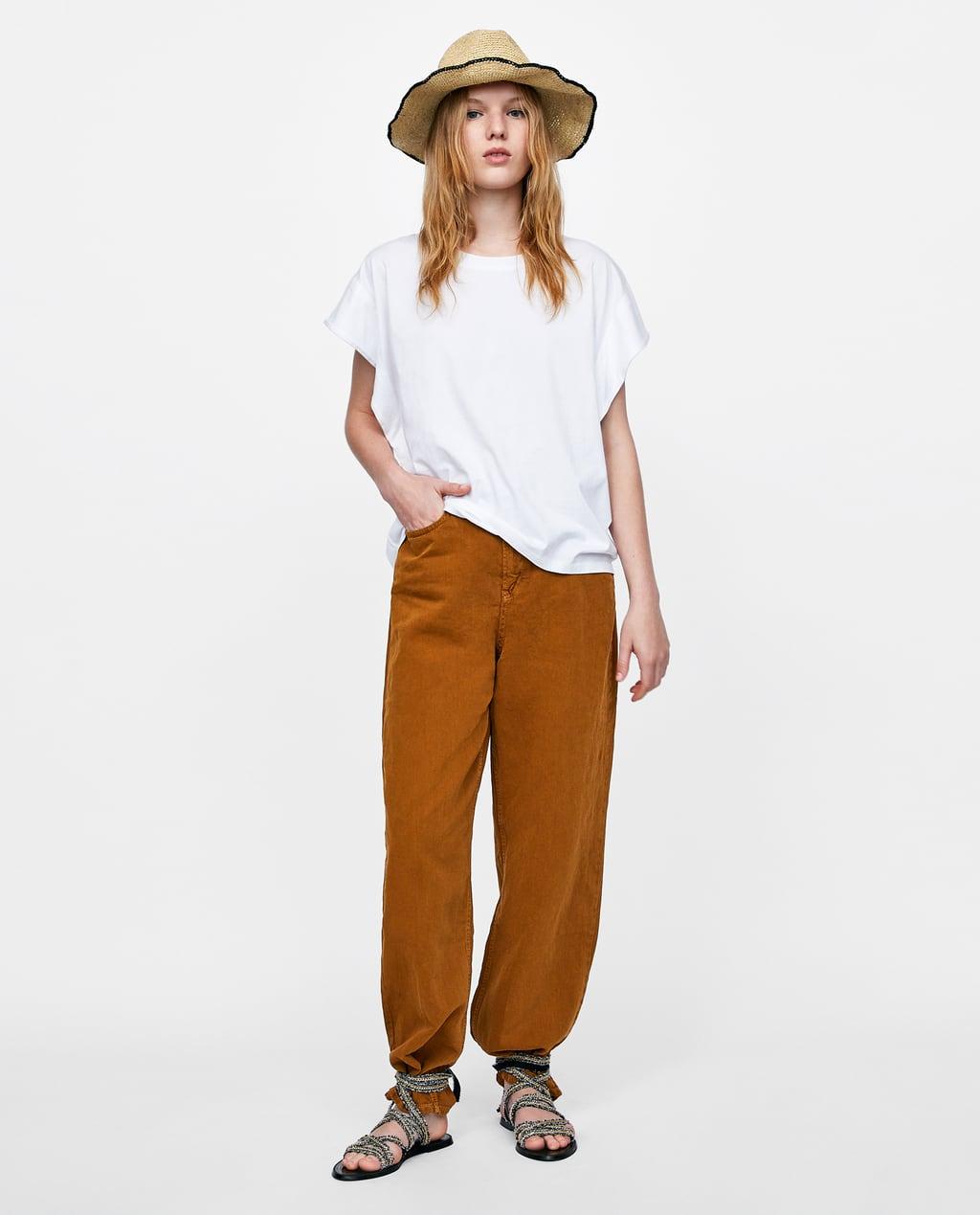 Camiseta blanca básica de Zara